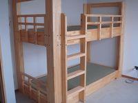 寮二段ベッド